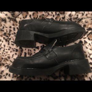 Doc Dr. Marten's Size 8 Loafer Chunky Heel Black